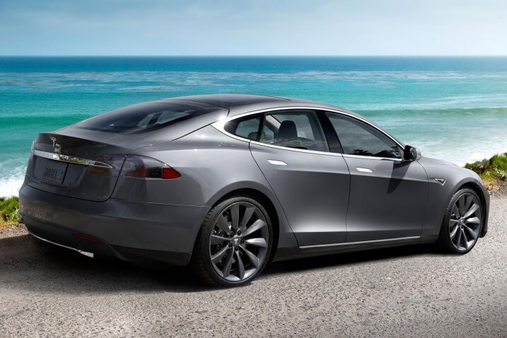 Tesla S90D
