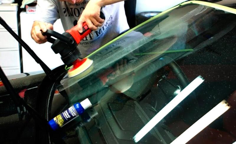 Как отполировать царапины на стекле на автомобиле своими руками