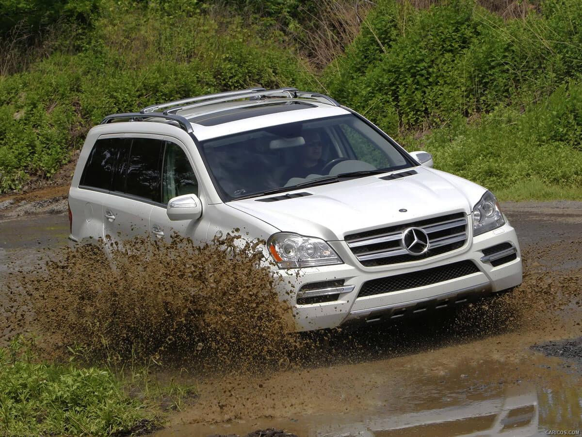 Mercedes-Benz GL и его внедорожный характер