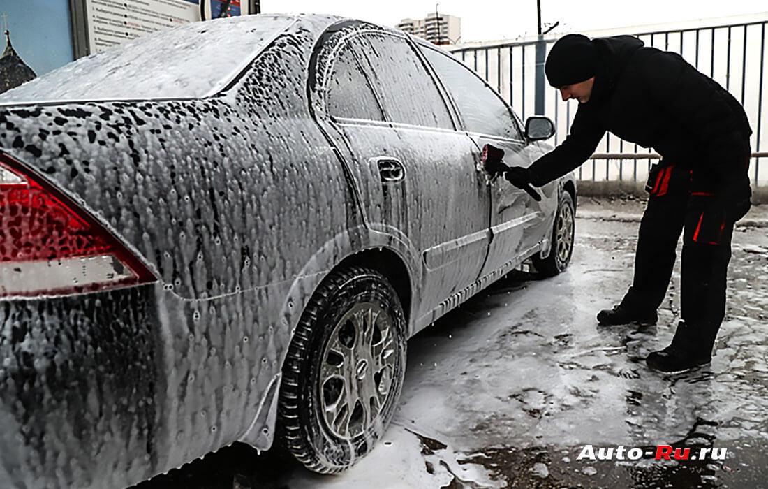 Как мыть машину зимой самому