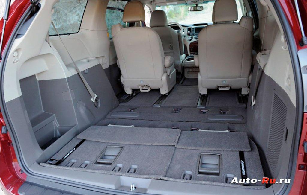 Toyota Sienna салон трансформер